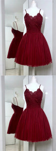 Burgundy Spaghetti Straps V Neck Sleeveless Lace Short Homecoming Dresses