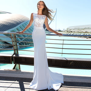 White Sleeveless Lace Applique Wedding Dresses Mermaid Bridal Gown