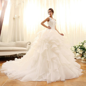 Sleeveless Lace Applique Wedding Dresses Tiered Tulle Bridal Gown