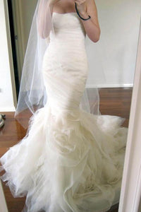 Elegant White Strapless Sleeveless Tulle Wedding Dress Long Bridal Gown With Ruched - EVERISA