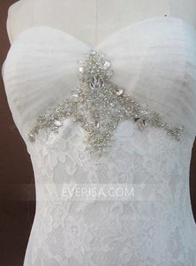 Sweetheart Sleeveless White Bridal Gown Affordable Wedding Dresses With Ruched - EVERISA
