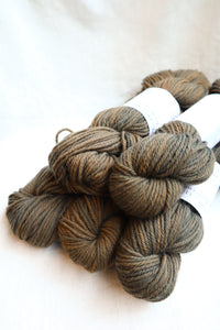 Naturally Dyed Yarn / Worsted / Indigo & Acorn