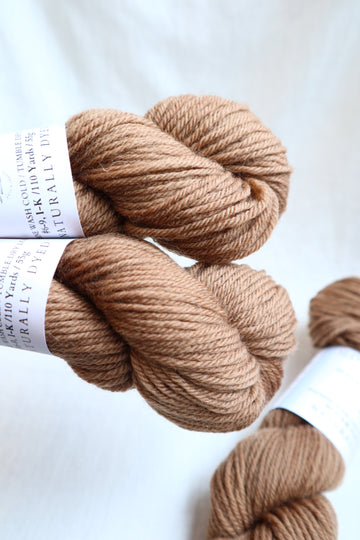 Naturally Dyed Yarn / Worsted / Acorn