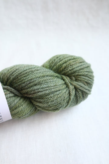 Naturally Dyed Yarn / Worsted / Osageorange & Indigo2