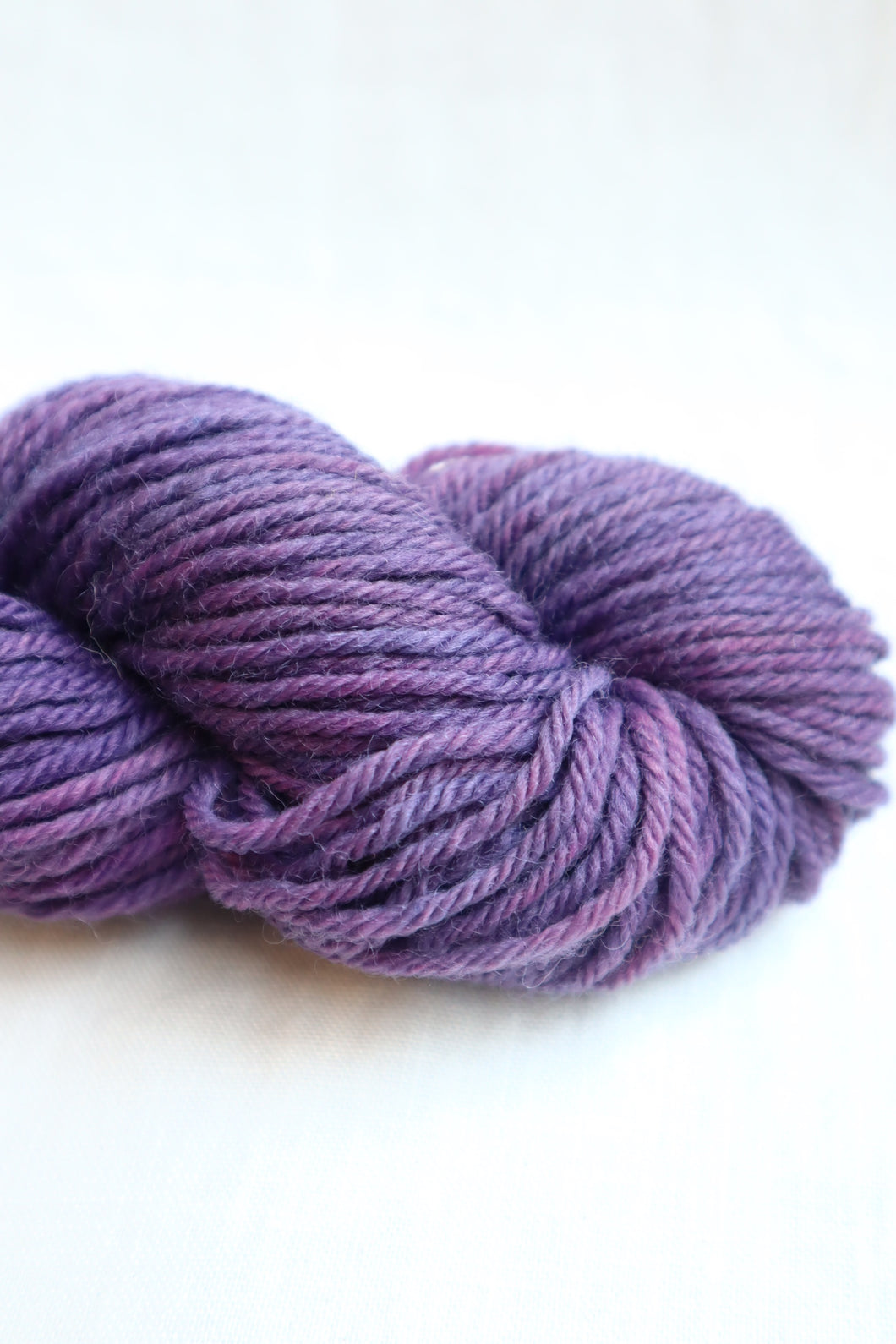 Naturally Dyed Yarn / Worsted / Indigo & Cochineal
