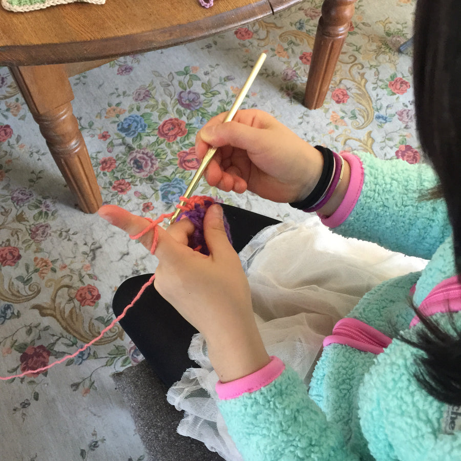 KIDS' ARTS & CRAFTS in Japanese 土曜日!キッズクラス