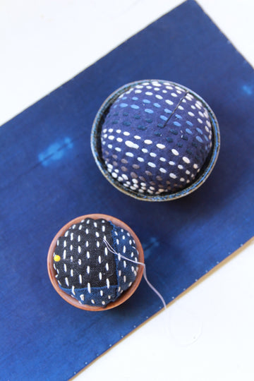 10/26 Big Sashiko Stitching - Pincushion in a ceramic bowl