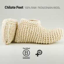 Load image into Gallery viewer, Raw Wool Feet Slippers