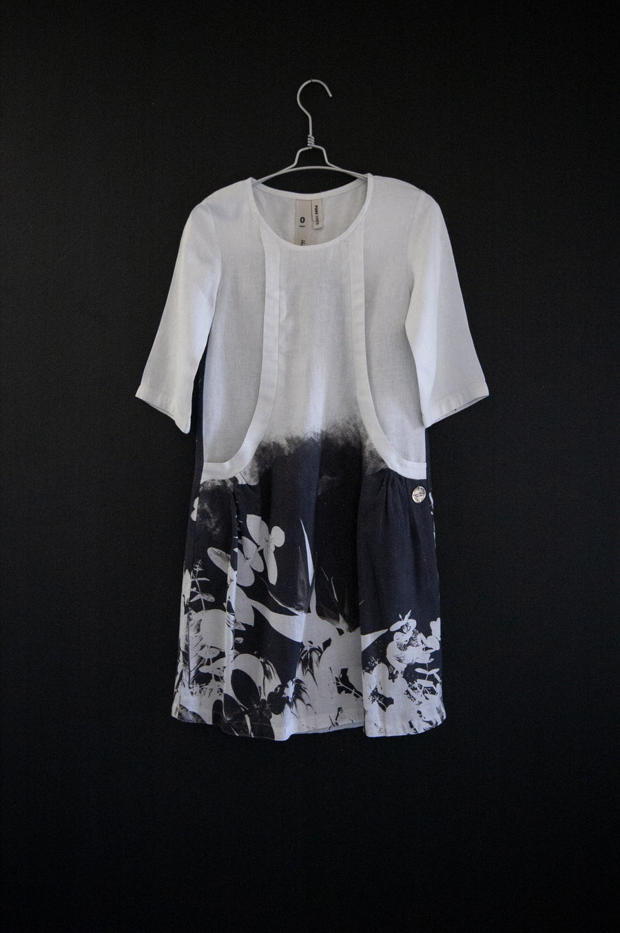 APPAREL | LINDA DRESS | WHITE PROTEA PRINT