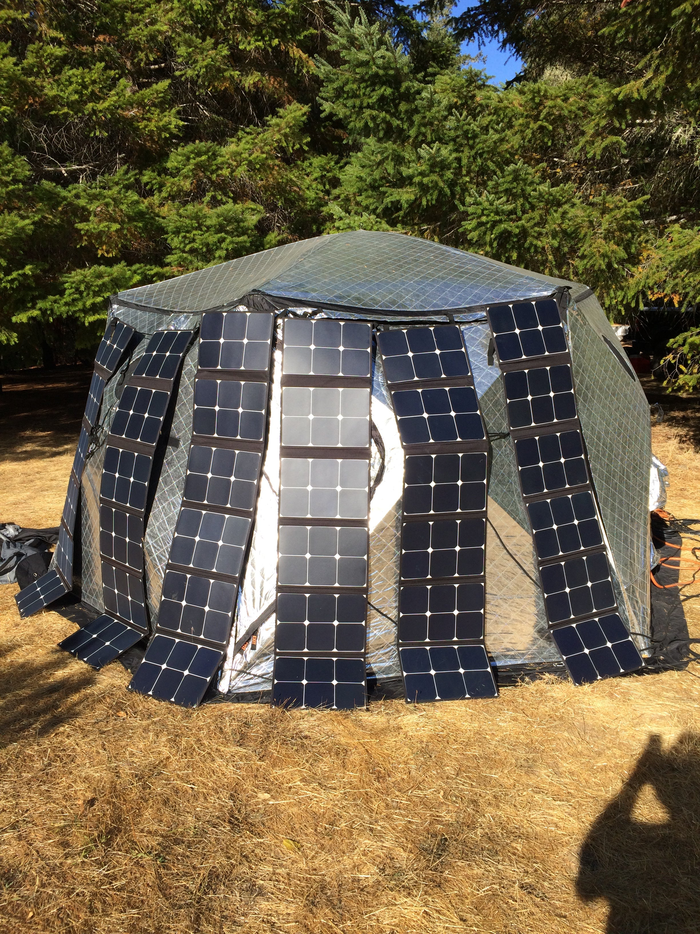 Helios Solar Generator using for Camping