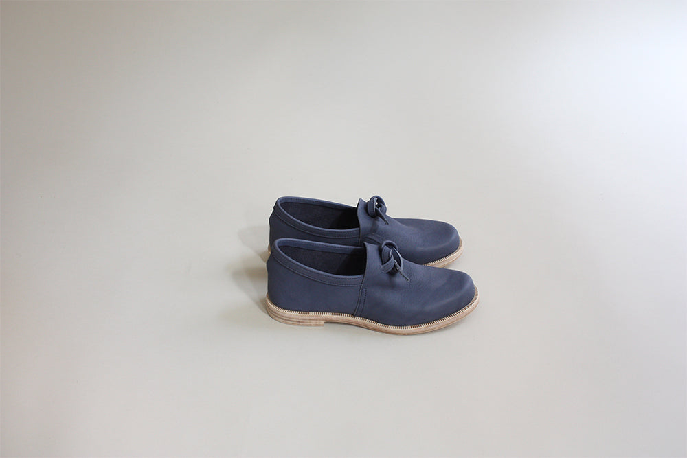 Knotted Shoe - Blue