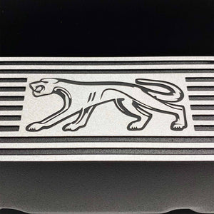 ansen custom engraving, ford 351 cleveland valve covers, cougar logo, black, close up view
