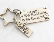 Load image into Gallery viewer, Personalized gift - Hand stamped keychain - Gift