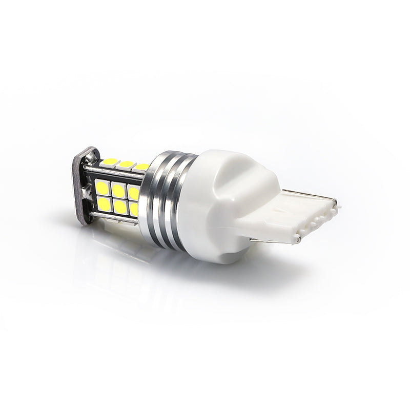 7440 Plug 3030 24SMD Car LED Light Bulb
