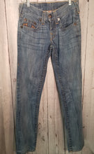 Load image into Gallery viewer, True Religion Jeans SZ 28