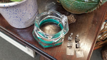 Load image into Gallery viewer, Tranparent Lucite Bangle