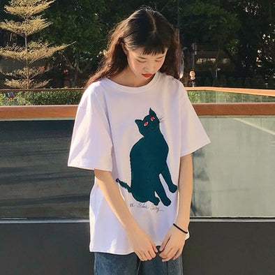 BLACK CAT WITH RED EYES SHIRT