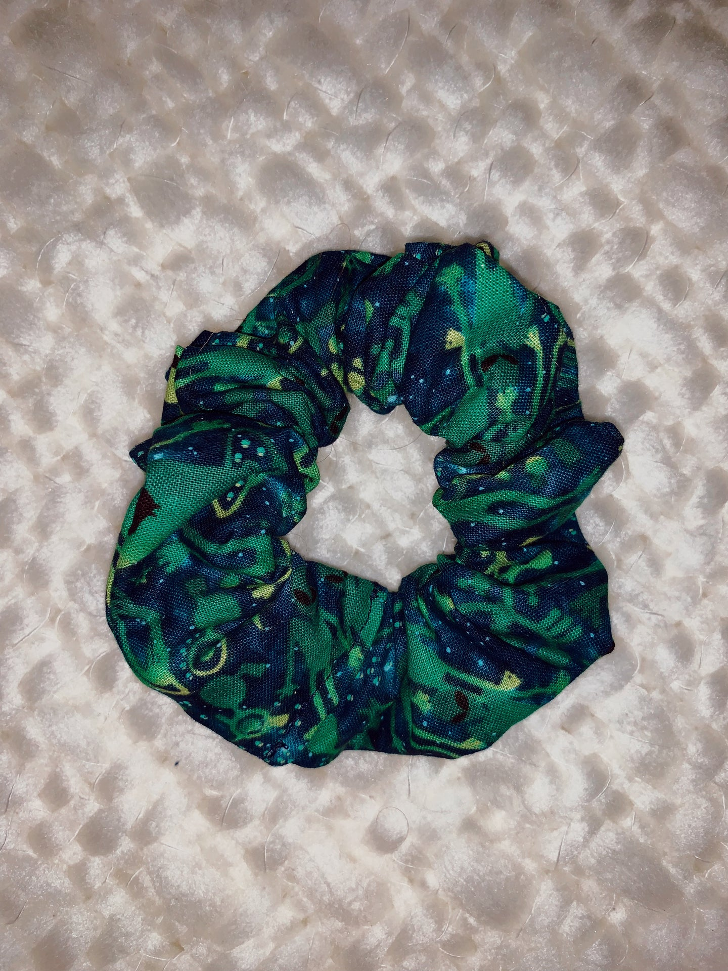 Simple Scrunchie in Area 51