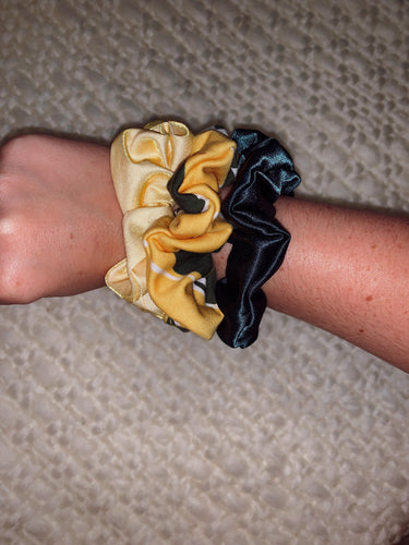 Sic' Em Simple Scrunchie Bundle