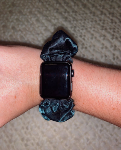 Scrunchie Apple Watch Band in Gameday