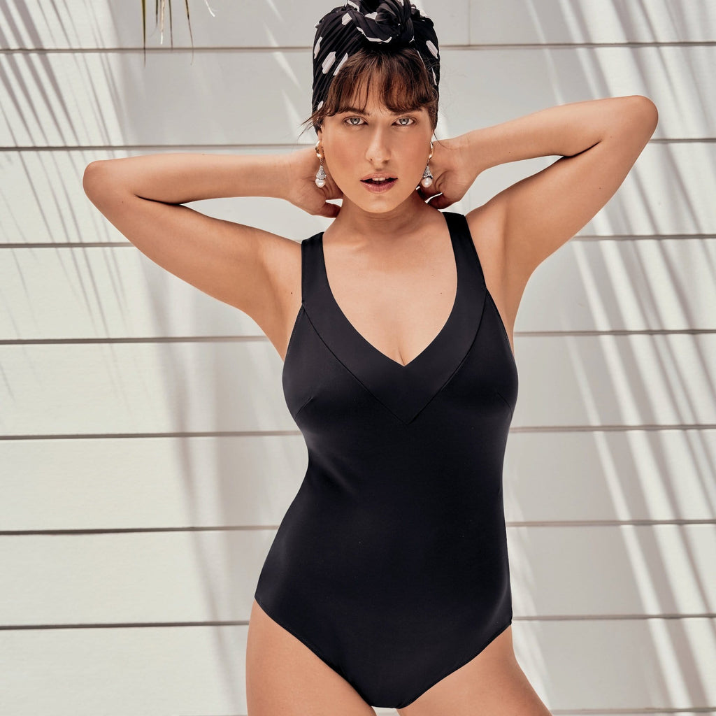 Anita Milva V-neck Swimsuit (M0-7292) Black - La Lingerie