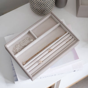Stackers ring an bracelet tray taupe