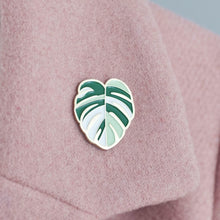 Load image into Gallery viewer, Varigated monstera leaf enamel pin