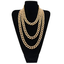 Load image into Gallery viewer, 15mm Choker Cuban Chain - Frosty Jewelz