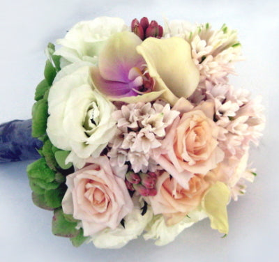 Bridal formal posy 124