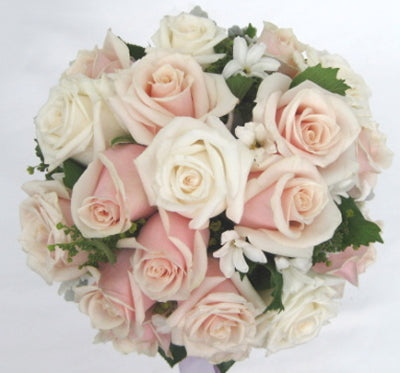 Bridal formal posy 26
