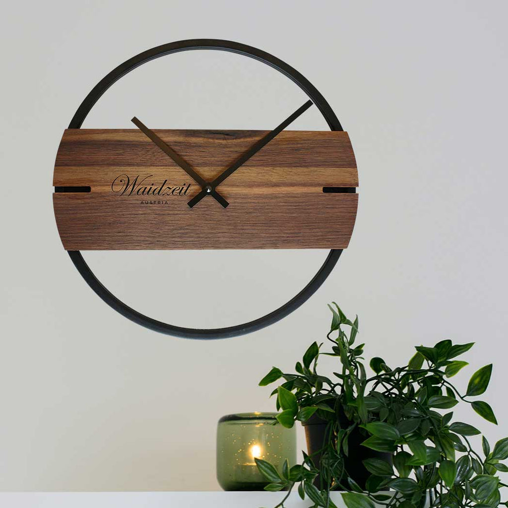 Wall Clock Novum walnut