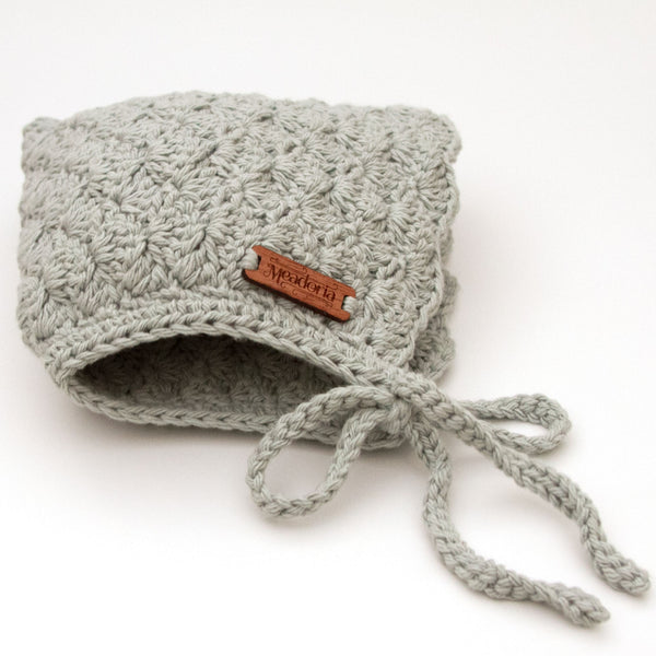 Finsley Winter Bonnet Light Gray by Meadoria