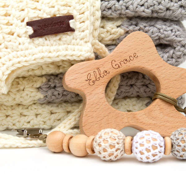 New Baby Gift Set Blanket, Rio Bonnet, Pacifier Clip, Teether Neutral