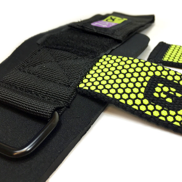 Close up Pro Go Grips with Wrist Wraps