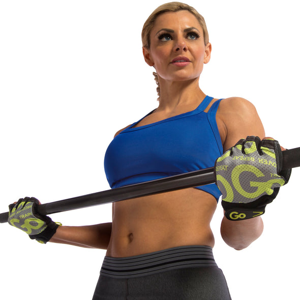 Feamle using Women's Premium Leather Elite Trainer Gloves
