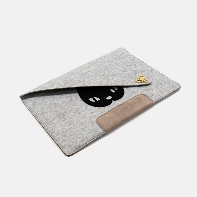 Miss Kitty Laptop Sleeve 15""