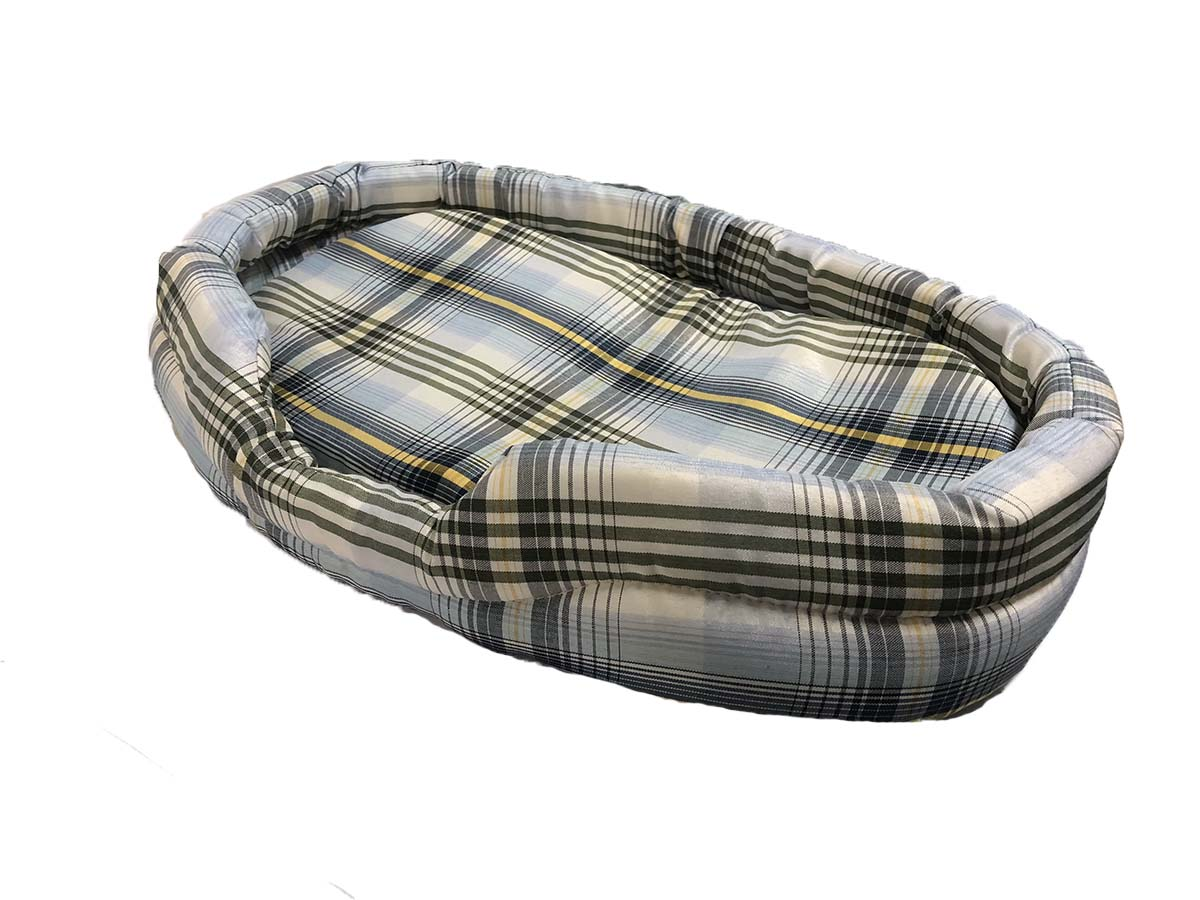 Egg-shaped Checker Pet Bed with Cushion (S)