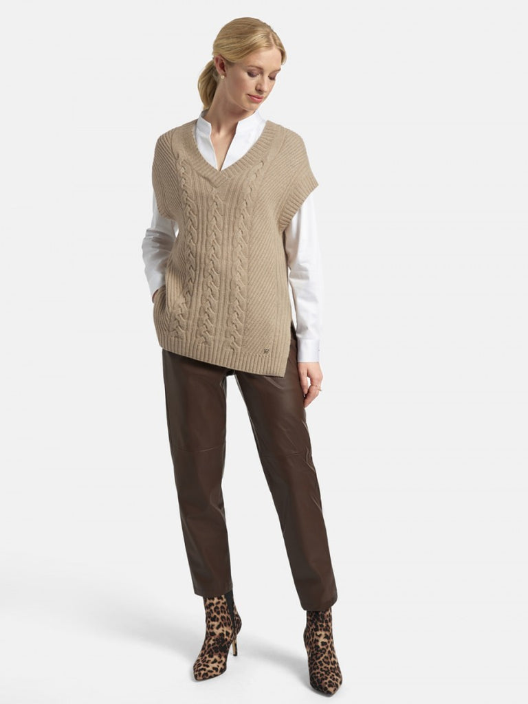 Basler Knitted Pullover Sleeveless Sweater