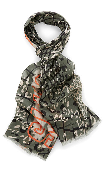 Marc Cain Scarf with silk