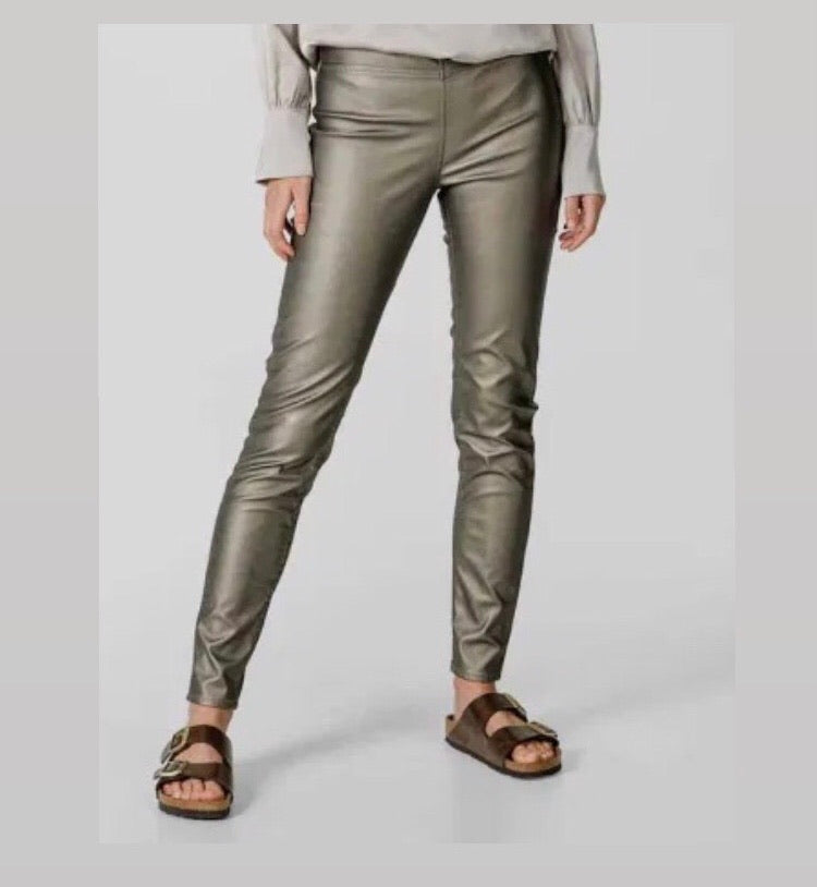 Knit-Ted Amber Metallic Eco Leather Pants