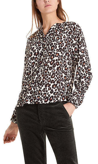 Marc Cain Blouse with silk