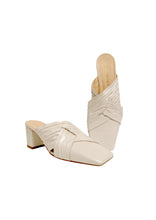 Load image into Gallery viewer, White Nannah mules  (Pre-order only)