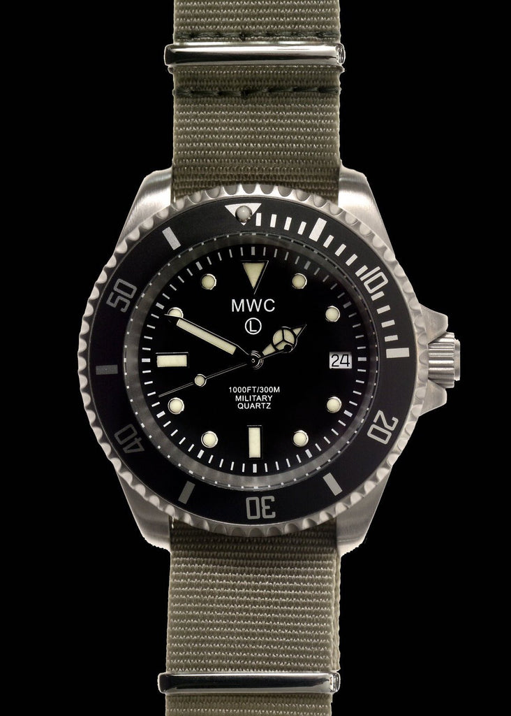 MWC Divers Watch - 300m / 1000ft Stainless Steel Quartz Military Divers Watch (Branded)