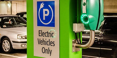 "<big><strong><span style=""color: #ff9900;"">Condominium Associations Going Green: Florida's New EV Charging Station Law</span></strong></big>"