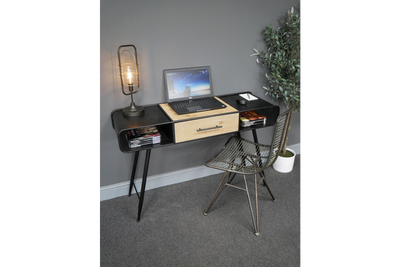 Desk to keep various items