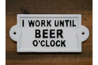 Sign (Beer O'clock) to emphasize your goal