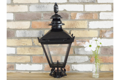 Small Classic Style Victorian Black Lamp Top