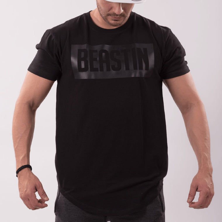 BEASTIN Long Lenght Curved Crew Neck Tee