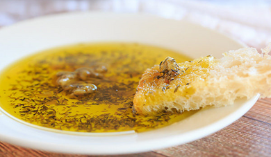 Roasted Garlic & Herb Olive Oil Blend - Elizabeth's Gourmet
