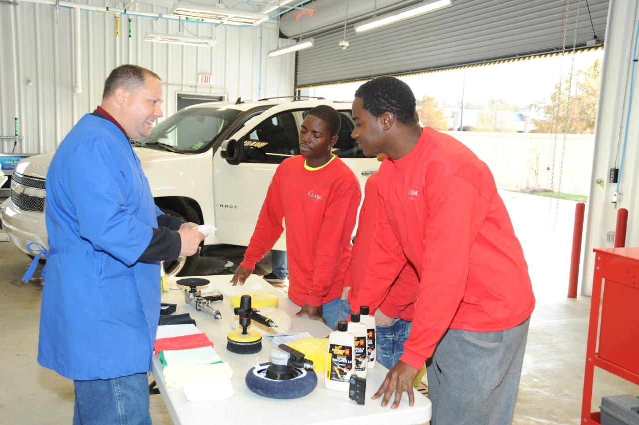 on-site-auto-detailing-training-for-success